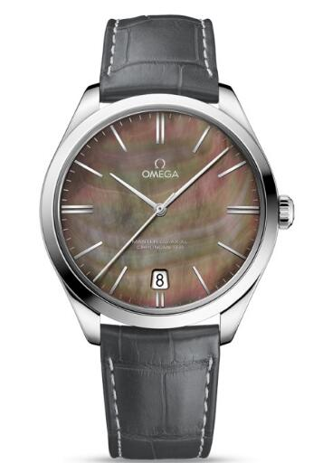 Swiss-made knock-off watches online are charming for the dials.